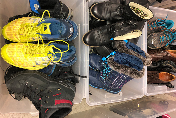 Sorted fall-winter shoes 1st grade